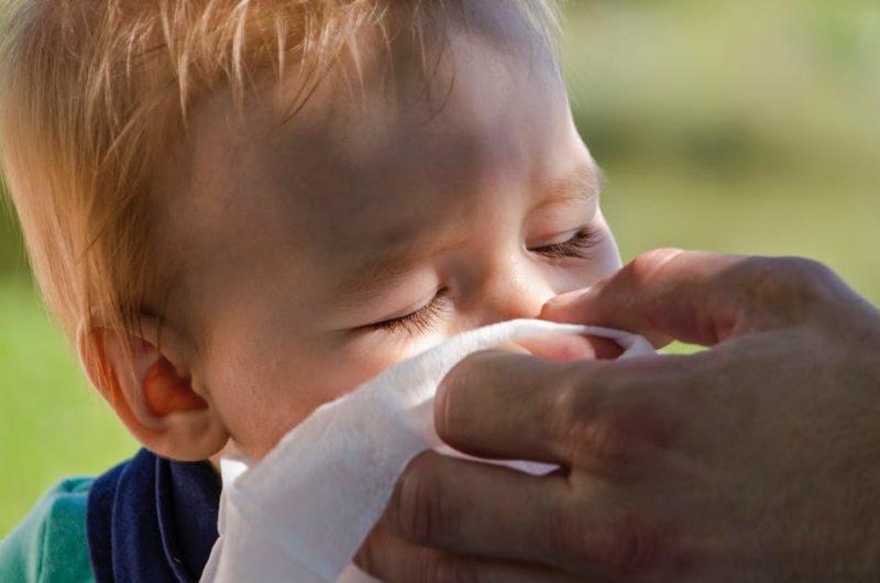 Comment savoir si bébé est allergique aux acariens ?