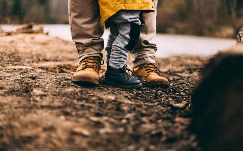 Expliquer la mort d'un proche à son enfant